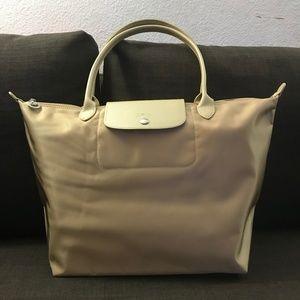 NWOT LONGCHAMP , Le Pliage Néo handbag